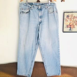 Vintage Levi's 570 Baggy Fit Light Wash Jeans